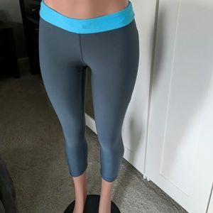 Nike dri fit capri leggings